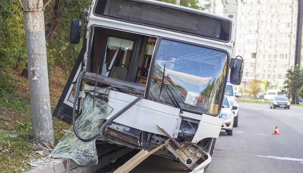 bus-commercial-vehicle-accident-comp